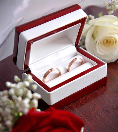 Символы годовщин свадьбы в разных странах