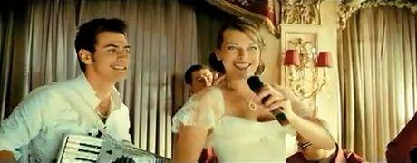 Свадьба в исполнении Милы Йовович